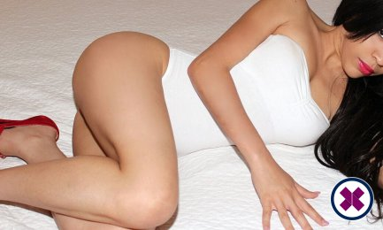Meet Anali Hot in  right now!