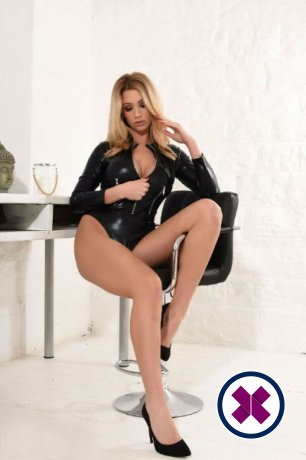 Laura is one of the incredible massage providers in Amsterdam. Go and make that booking right now