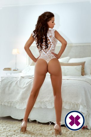 Laura is one of the best massage providers in London. Book a meeting today