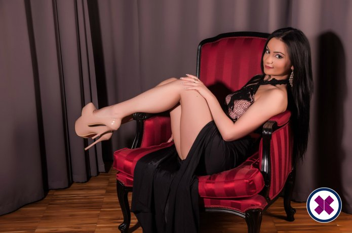 Andra is a hot and horny Italian Escort from Amsterdam