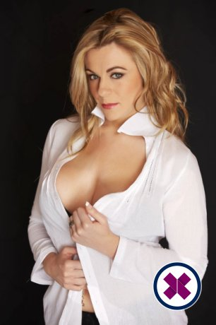 Zina is one of the incredible massage providers in Amsterdam. Go and make that booking right now