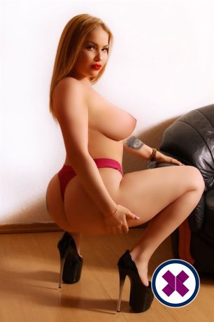 Jess is a hot and horny Turkish Escort from Göteborg