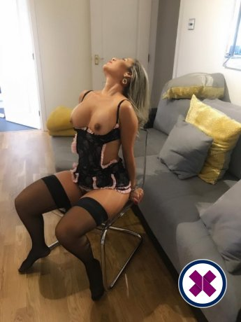 Manuela  is one of the much loved massage providers in Camden. Ring up and make a booking right away.