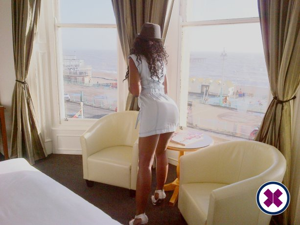 Meet the beautiful English Ebony in   with just one phone call