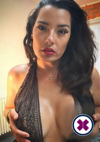 Gloria is a sexy Italian Escort in Westminster