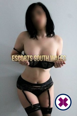 Eve is a sexy English Escort in Cardiff