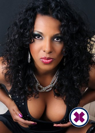 Black Perla TS is a super sexy English Escort in Cardiff